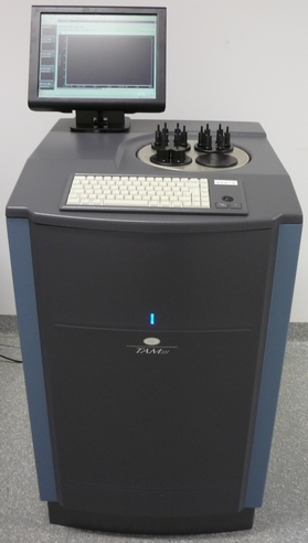 TAM III mikrokaloriméter